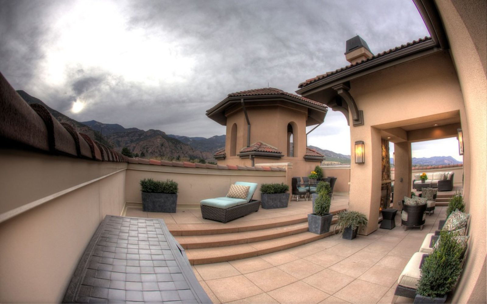 commercial-broadmoor-penthouse6-1024x640