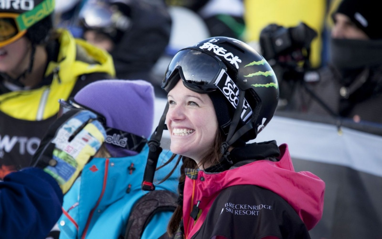 sports-xgames-skier-fun2-1024x640