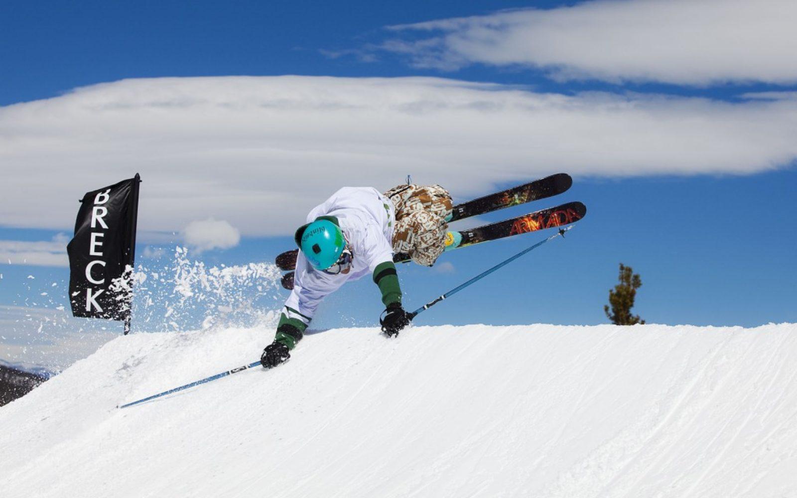 sports-xgames-skier-fun4-1024x640