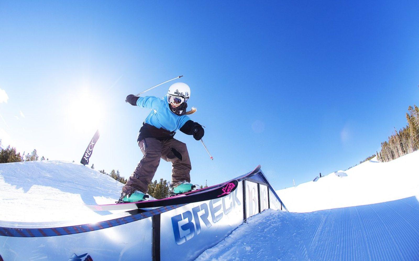sports-xgames-skier-grind-1024x640