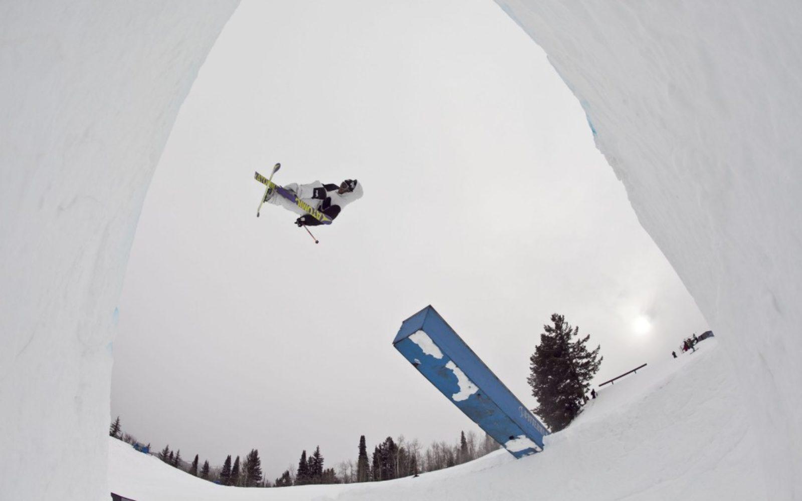 sports-xgames-skier-whiteout-1024x640