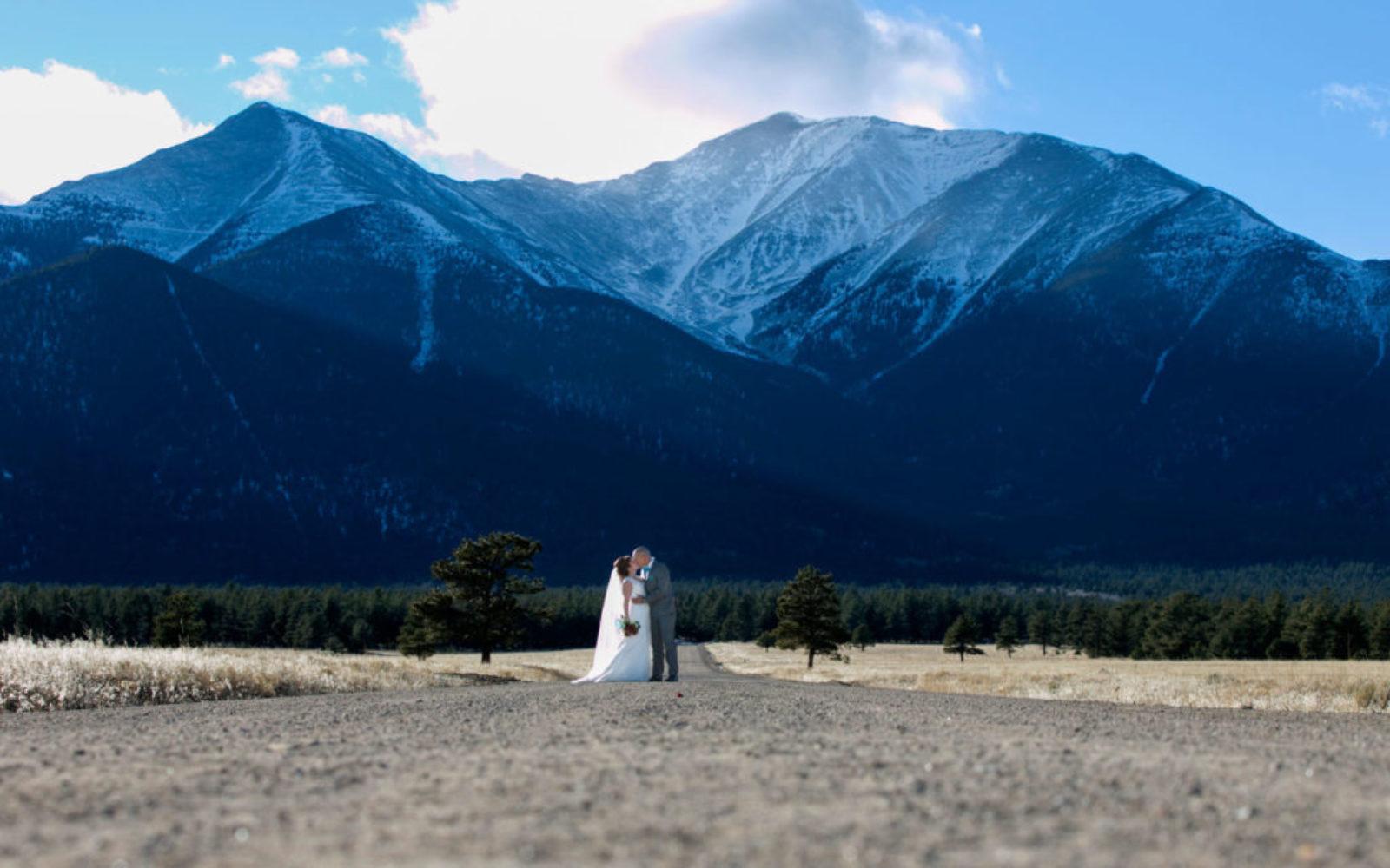 weddingphotographycoloradosprings_52-1024x640